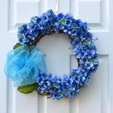 the deco mesh gvine wreath diy with bowdabra deco mesh bow