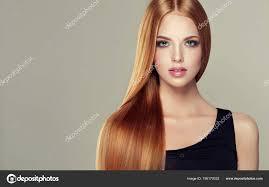 Schönes Model Mädchen Mit Glänzend Braun Und Gerade Lange Haare