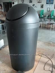 the trash can structure