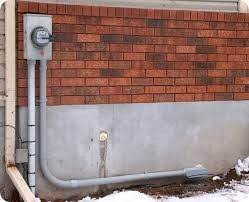 what is the difference between a 100 amp electric panel and a 200 or through a service entrance like this