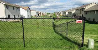 Black vinyl fence Foot Black Vinyl Chain Link Fence Illusions Vinyl Fence Vinyl Fencing Privacy Fence Pool Fencing Fence Company Mn