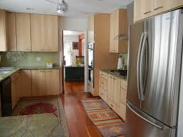 light maple kitchen cabinets. Impressive Kitchen Design Ideas Using Light Maple Cabinet : Lovely Decoration With Cabinets