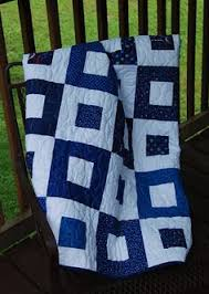 beautiful blue & white quilt from ONE LOOSE THREAD | Quilt ... & This is a great blue and white two color quilt. Most likely make with a log  cabin block. Adamdwight.com