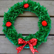 10 Christmas Paper Plate Crafts For Kids  Engineer MommyChristmas Paper Plate Crafts
