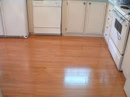 laminate flooring in kitchen installation