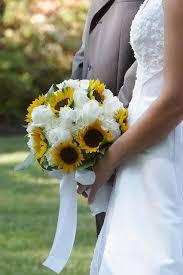 <b>Sunflower</b> Inspired Bouquet   Wedding flowers, Affordable wedding ...