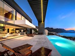 Home Designs: 16 Infinity Pool House - Luxury House For Sale