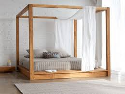 Full Size Wood Canopy Bed Frame — Bearpath Acres : The Ideal Full ...