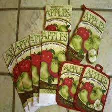 apple kitchen decor. green and red apple kitchen accessories decor l