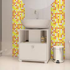 Resultado de imagem para pastilha amarela no banheiro