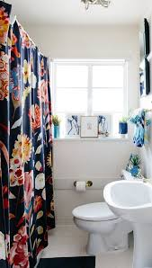 20 Reversible Ideas to Overhaul Your Rental Bathroom NOW