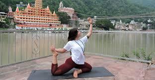 ashtanga yoga teacher in rishikesh