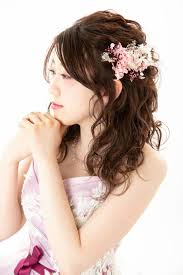 Hair Catarogロングヘアの花嫁様におすすめのヘアアレンジをご紹介