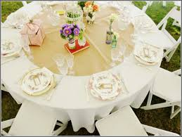 diy table runners for round tables could we make a runner with decorations 3