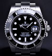 used rolex how to buy one and make sure it s not a fake used pre owned rolex submariner mens watch