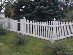 mesmerizing white wooden fencing for outdoor sauard