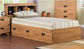 Driftwood Bedroom Furniture Driftwood 5 Piece Mates Bedroom Package The Brick