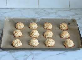 how to make coconut macaroons