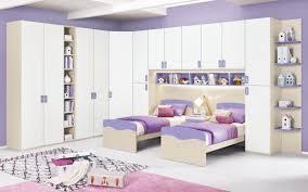 Tutte soluzioni da vedere, tra le più convenienti in termini di utilizzo dello spazio è il letto contenitore, in grado di alzare la rete. Mondo Convenienza Camerette Bambini Nuovo Catalogo 2020