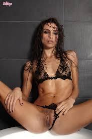 Nude Pornstar Celeste Star Spreads Nice Legs To Show Pussy In Bathtub