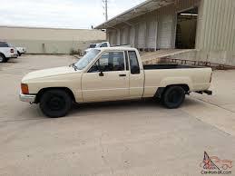 Toyota Diesel Pickup Hilux, 30mpg+!