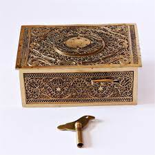 All of our musical boxes are in excellent condition and have been lovingly restored to a very high standard. Music Boxes Antique Box Bird Automaton Music Box C1930s Antique Music Box Music Box Vintage Music Box