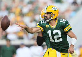 Uninterested Aaron Rodgers should be ...