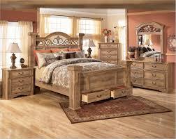 Leather Bedroom Furniture Sets Brown Leather Bedroom Set White Modern Leather Beds Wedding
