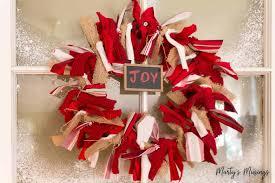 how to make a diy rag wreath