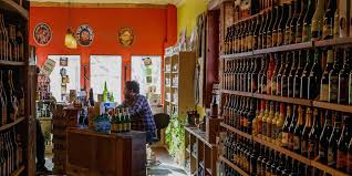 the first dedicated beer in asheville opened downtown on broadway street in 2006 this stocks more than 1 000 labels from around the globe