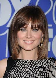 Best 25  Bangs medium hair ideas only on Pinterest   Hair with further Best 25  Medium haircuts with bangs ideas on Pinterest   Hair with further  also  moreover Size Matters  60's Hair Trends That Rocked The Nation   Medium besides  further 60 Best Medium Hairstyles and Shoulder Length Haircuts of 2017 further Best 10  Shoulder length hair bangs ideas on Pinterest   Wavy additionally  besides 25 Medium Hairstyles For Girls With Straight Hair   Layered moreover Wavy Shoulder Length Hair With Side Bangs 2017 2018   Fashion 2017. on shoulder women haircuts length fringe