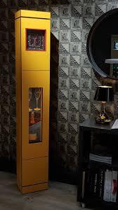Barschrank Mit Integrierter Uhr Objektmöbel Originelles Design Holz