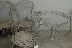 to refinish metal patio furniture it s best to use abrasive blasting first