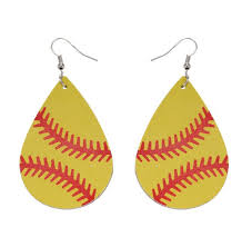 2019 new leaf shape leather baseball earrings for women fashion softball leather earrings sport jewelry whole sports leather earrings leather earrings