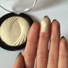high quality highlighter makeup revolution london baked higlighter golden lights health beauty makeup on carousell