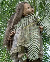 Hanging Tree House Mexicos Island Of The Dolls Where Toys Hang From Tress To Quell