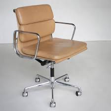 eames office chair ea 217 soft pad from the aluminium group series aluminum frame