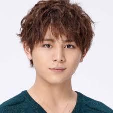山田涼介の父は渋谷で焼肉店経営ハーフ疑惑や父親の画像や名前は