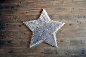 machine washable faux sheepskin light grey star area rug 3 x 3 soft and silky perfect for baby s room nursery playroom fake fur area rug star
