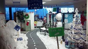 office christmas decorating themes. office banded together to create snowman park christmas decorating themes e