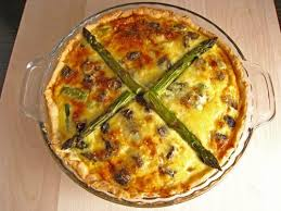 Fresh asparagus and mushroom pie