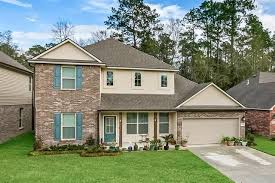 16919 HIGHLAND HEIGHTS Drive , Covington, LA 70435 | House exterior, Fenced  in yard, Private patio
