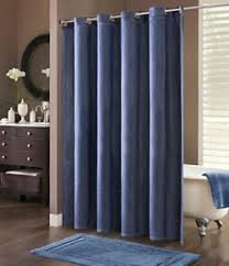 Different Types of Affordable yet Exclusive Shower Curtain Designs for Home