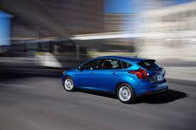 2014 Ford Focus Earns Five Star Safety Rating From Federal Government Edmunds Ford Focus Ford Focus St Ford Focus Hatchback