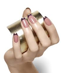 essie - Tipped In Gold - Nail Art - Essie Looks