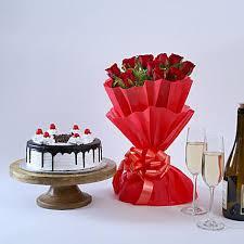 Buy Romantic Birthday Gifts For Boyfriend Online Ferns N Petals