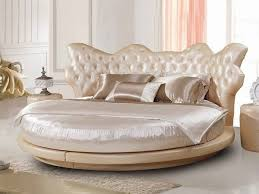 luxury-bedroom furniture round bed tufted headboard luxury bedding set  decorative pillows