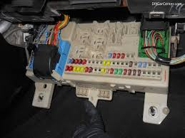 bmw i fuse box diagram under the hood wirdig bmw 525i fuse box locations 2004 mazda 3 furthermore 2001 bmw 325i