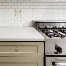 gap between stove and countertop