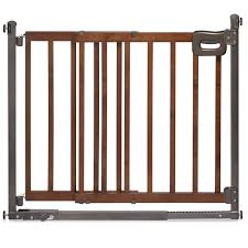amazoncom  summer infant step to secure wood walkthru gate